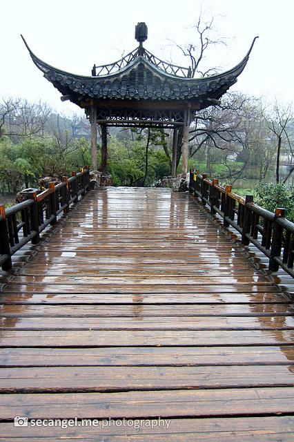 木桥与亭榭